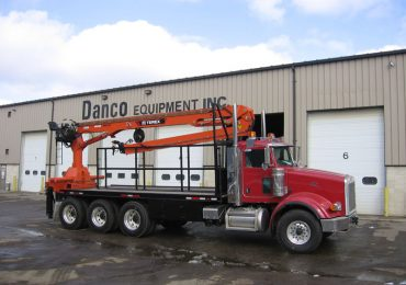 Articulated Boom Truck (Knuckle Boom)